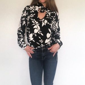 Bar III black and white long sleeve floral blouse